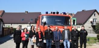 Nowe auto dla strażaków ochotników z Chróściny