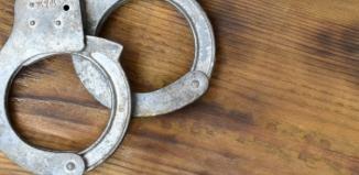Kradzieże z włamaniem, uszkodzenie mienia i uszkodzenie ciała